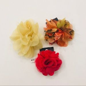 3 flower pins/clips
